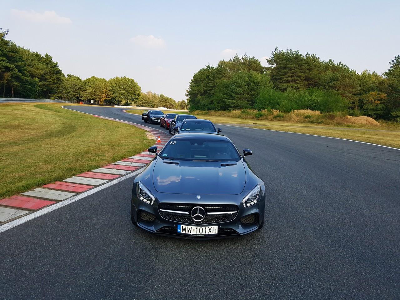 Mercedes AMG GT s - foto T. Kamiński